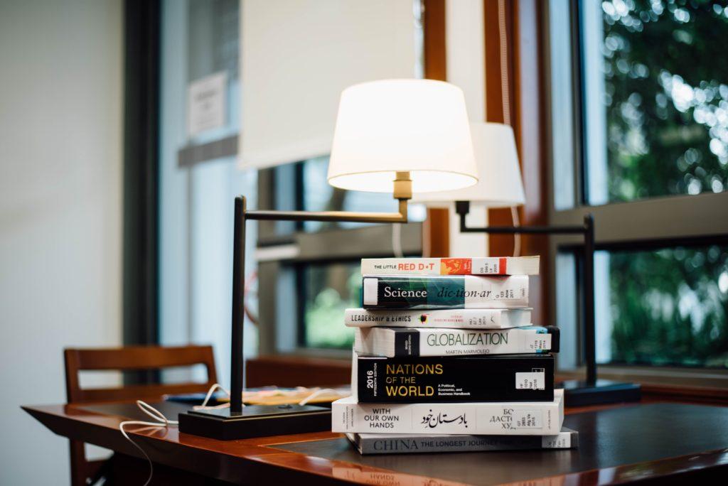 プログラミング初心者は本を読むべきなの?