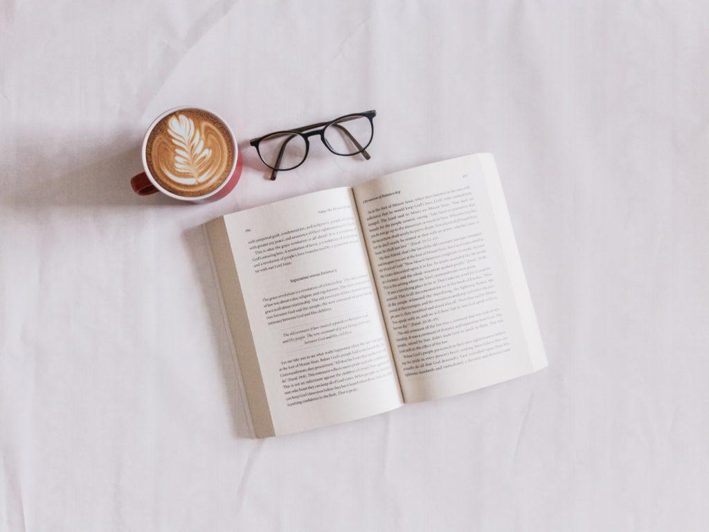 独学で学ぶときにおすすめの本はなに?