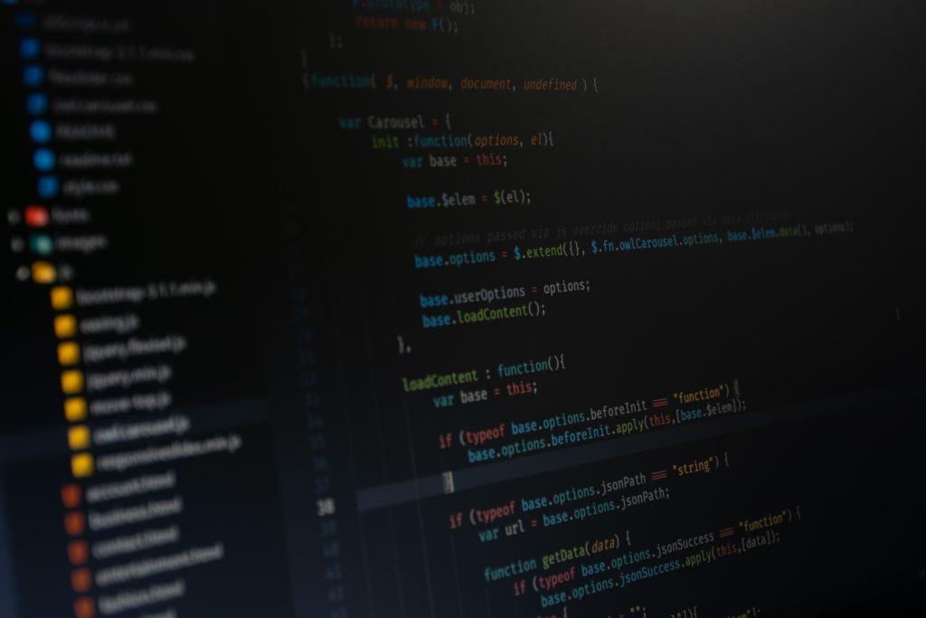 プログラミング初心者が独学から就職や転職をするために必要なことは?
