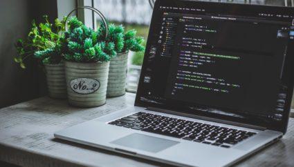プログラミングの独学は不可能ではない!挫折しないための3つのポイント!