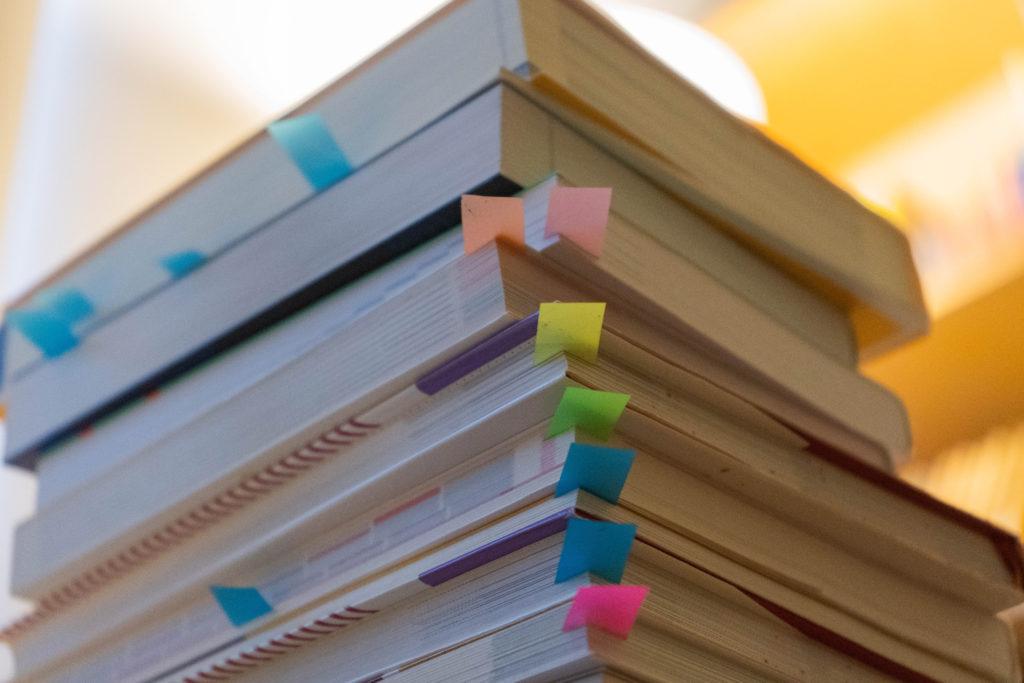 情報処理試験合格を目指すSE(システムエンジニア)にオススメの参考書