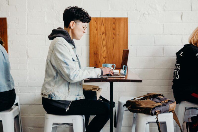【プログラミング未経験者必見!】フリーランスになるためにするべき8つのステップ