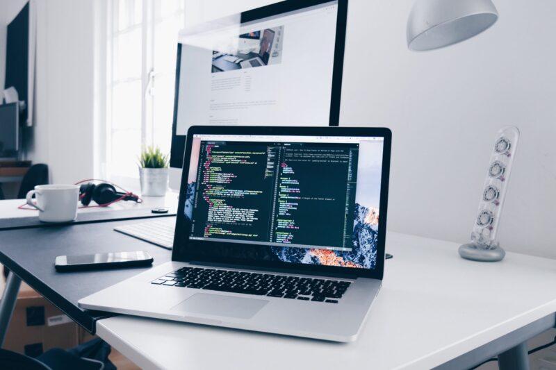 プログラマー入門編!未経験からエンジニアになる人が必ずすべき7つのこと