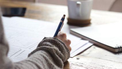 SE(システムエンジニア)になるための学習方法と具体的な仕事内容
