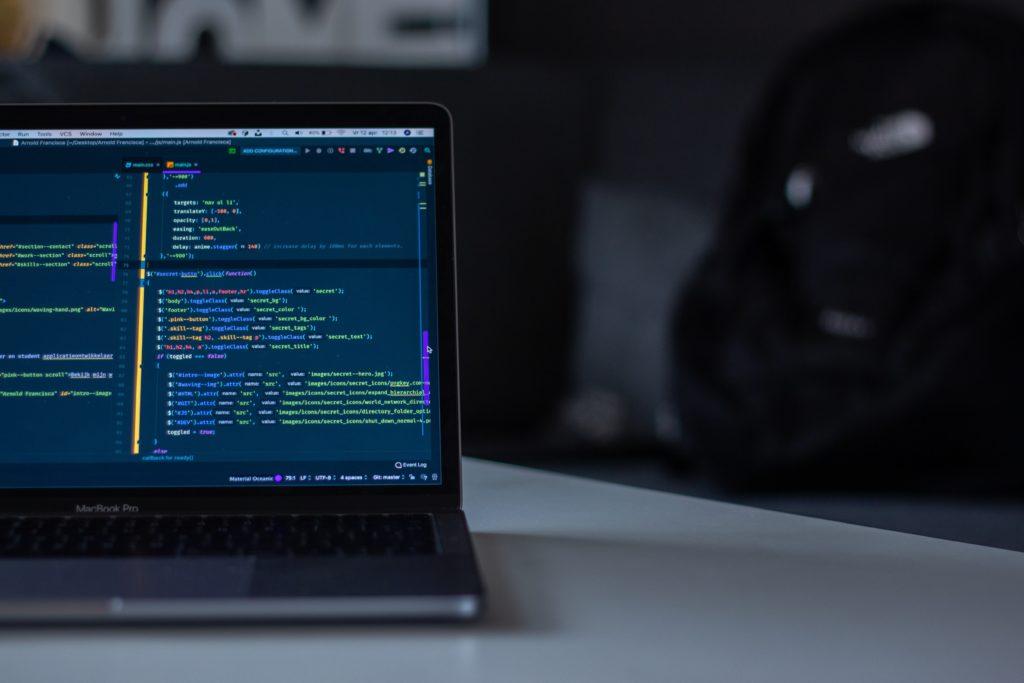 独学でプログラミングをマスターするのに必要な期間