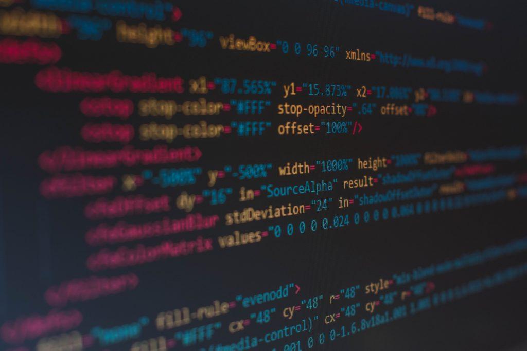 プログラミング未経験者がエンジニアを目指す際の3ステップ