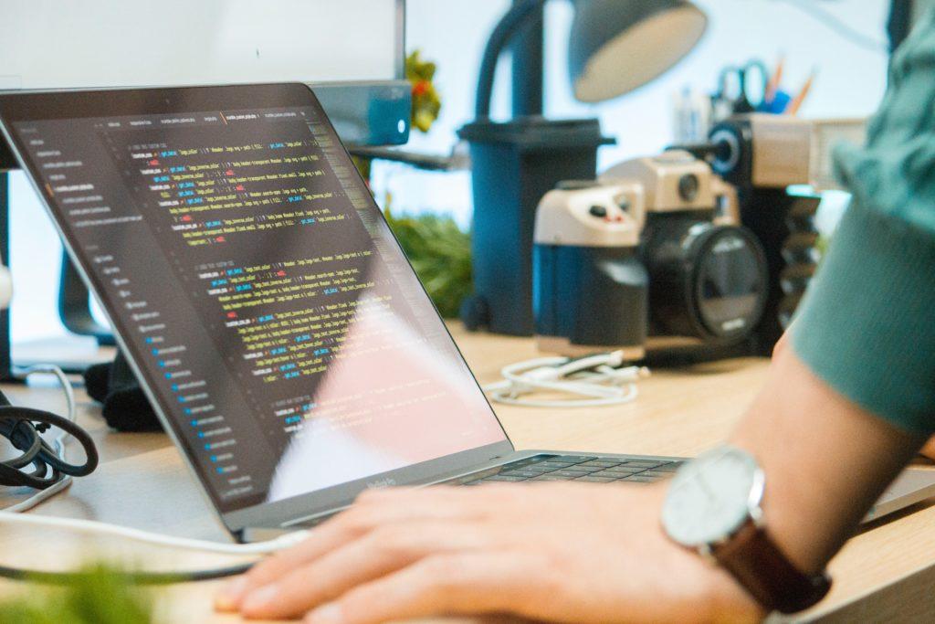 プログラミング言語ランキングを参考