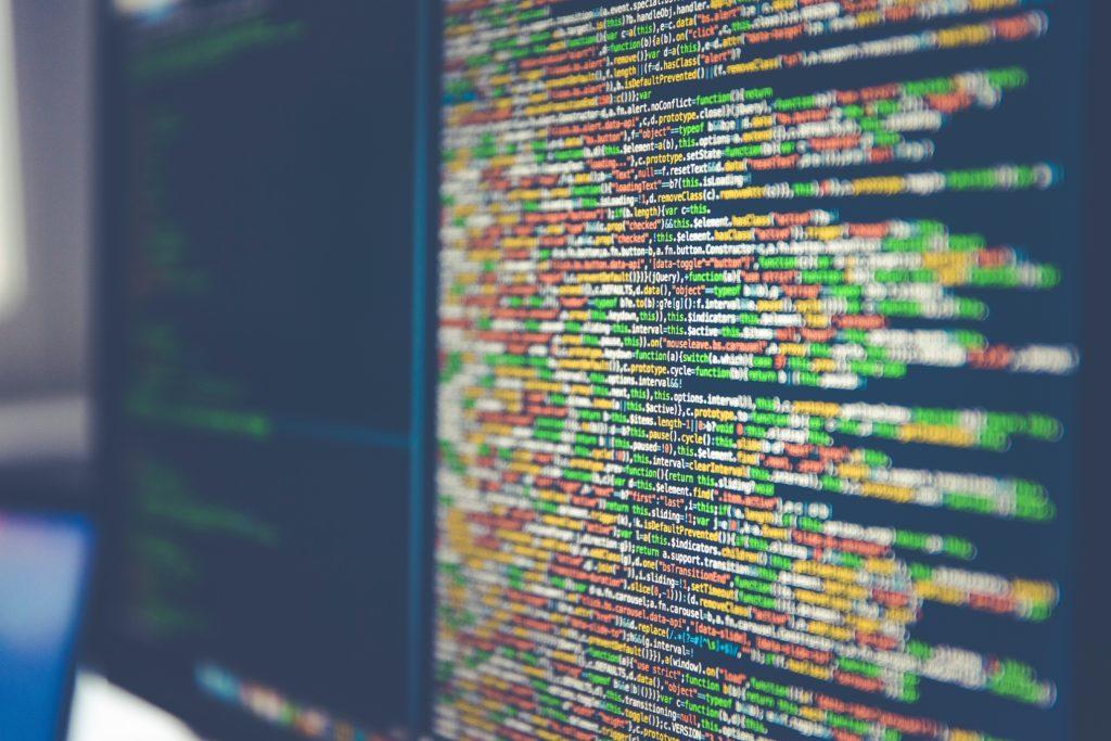 無料プログラミングスクールの特徴